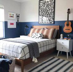 48 Cool Shared Teen Boy Rooms Décor Ideas - Home-dsgn Boys Bedroom Ideas Tween Small, Teenage Bedroom Decorations, Teen Boys Room Decor, Teen Boy Rooms, Boys Bedroom Decor, Kids Rooms, Childs Bedroom, Kid Bedrooms, Boy Decor