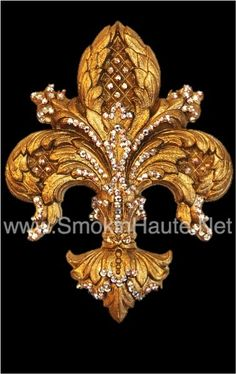 "Large La Fleur Medallion/Tieback Drapery Hardware Smokin Haute offers you an amazing designer drapery ""La Fleur"" Drapery Hardware.  Use as a Medallion, Tieback, Holdback...whatever you need!  A fabulous piece! Dimensions:  9"" x 7"" Can purchase in standard finishes or custom finishes.  Available with or without stones. *Pictured Old World Gold Finish with AB Swarovski Crystals  - See more at: www.SmokinHaute.Net"