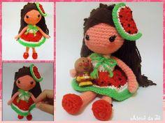 Essa boneca é da coleção frutinhas do verão criadas pelo @ateliedaje essa é a primeira de 4 diferentes bonecas que vou fazer  esta é a Mimi impirada em uma melancia rsrsrs... O que acharam?  #ateliedaje #amigurumi #frutasdoverão #crochet #crochetdolls #amigurumis #croche #foradesérie #Elo7 #feitoamão #bonecadecroche #bonecadecrochet #dolls #artesanato #handmade #lindo #melancia #coleçãodaje #coisasdemenina #toy #toyphotography #organictoys #summer #fruits