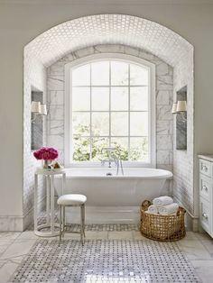 pretty freestanding tub