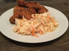 KFC Coleslaw KFC Coleslaw, a delicious recipe from the category vegetables. Best Coleslaw Recipe, Kfc Coleslaw, Healthy Burger Recipes, Grilling Recipes, Best Homemade Burgers, Patty Food, Pulled Pork Burger, Kentucky Fried, Food Reviews