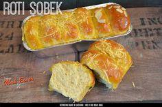 Dapur Keto Mak Einar: Roti Sobek Keto Friendly is Our Best Seller Of This Week Catering, Menu, Bread, Diet, Baking, Food, Menu Board Design, Catering Business, Gastronomia