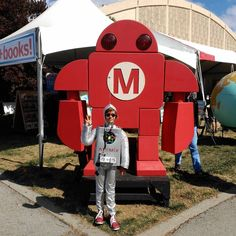 We met the best Maker Robot in front of Makey yesterday! @makerfaire Bay Area. #arduino #arduinoorg #makerfaire #mfba16 #makerfairebayarea #event #booth #arduinoprimo #arduinootto #newproducts #newrelease #fromitalywithlove #hardware #software #microcontrollers by arduinoorg