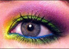 Mad Hatter-inspired rainbow eye shadow. May have to try this for next Halloween