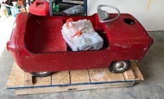 As a child in 1956, the Eshelman Sport Car was a cool gift. You could tool around in it at 15 mph. Once restored, what would you do with this one? #Eshelman, #SportCar