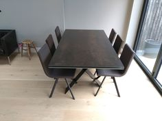 Extendable version of Xenon table in Steel Dark ceramic top and Moka legs. On the picture with our dining chairs CANDY in Ultra Noir and Espresso and Moka legs. Delivered to our client in Isleworth. Modern Dinning Table, Dining Chairs, Dining Table, Leather Bed, Sofa Design, Modern Bedroom, Contemporary Furniture, Moka, Ceramics