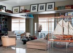 06-apartamento-de-david-bastos-em-sp-e-sobrio-e-cheio-de-arte