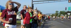 May 2013 / Cheer for 1,000 Bulldogs during Grandma's Marathon