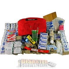 Our Family Kit combines a quality first aid kit with essential tools and emergency rations. This kit is designed to be a grab and go resource for your family in an emergency situation. Survival Food List, Emergency Survival Kit, Family Emergency, Emergency Supplies, Survival Prepping, Survival Skills, Emergency Rations, Survival Supplies, Homestead Survival