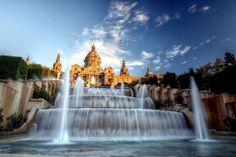 Magic-Fountain-Barcelona--550x366