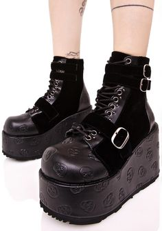 108Demonia Vertex Buckled Boots are gunna tackle ya from the top down, bb. These sikk boots feature a black vegan leather construction with skull print embossed all over, black velvet contrast panels, thick platform heel, buckles strapped across the toe 'N ankle, lace-ups, and zip back closure.