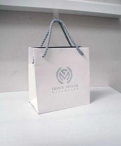 シンプルで高級感ある紙袋 | オリジナル紙袋印刷・手提げ袋・製造印刷|berry B ベリービー