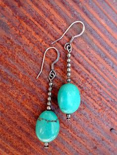 Earrings Handmade Earrings : Hand Crafted Turquoise and Sterling Silver by DandelionsAndRust Wire Jewelry, Jewelry Crafts, Beaded Jewelry, Silver Jewelry, Silver Rings, Jewelry Armoire, Jewelry Ideas, Diamond Jewelry, Earrings Handmade