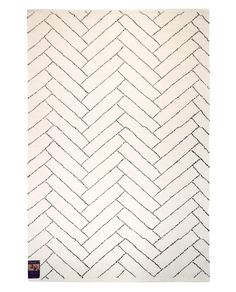 Finarte Aitta cotton rug in white is designed by Finnish designers Saana ja Olli. Sustainably produced in India, this rug is a combination of Finnish aesthetics and Indian handicraft tradition. Home Textile, Handicraft, How To Draw Hands, Textiles, Traditional, Rugs, Prints, Cotton, Inspiration