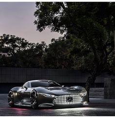 Mercedes Benz!!! What a Cool!!! Car!!!