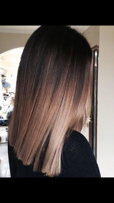 New Hair Brown Balayage Straight Medium Lengths Ideas Brown Hair Balayage, Brown Blonde Hair, Brown Hair With Highlights, Balayage Brunette, Black Balayage, Brunette Highlights, Caramel Highlights, Dark Brown Balayage Medium, Ombre On Dark Hair