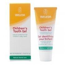 Gel de dinti pt copii BIO Weleda 50ml. Gelul de dinţi pentru copii de la Weleda a fost special conceput pentru a oferi o protecţie naturală danturii de lapte a copiilor şi pentru a menţine echilibrul natural al florei din cavitatea bucală. Gelul de dinţi este alcătuit în totalitate din ingrediente naturale care pot fi şi înghiţite.