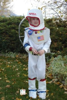 astronaut costume ideas - 736×1103