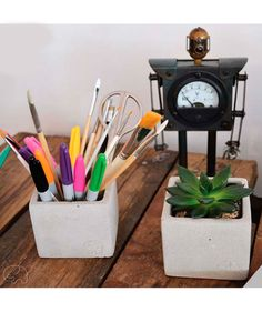 Concreto - Matera. $24.000 COP. Encuentra más materas, floreros y plantas ornamentales en https://www.dekosas.com/floreros-plantas-ornamentales