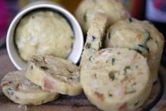 Hrníčkové houskovo-bramborové knedlíky