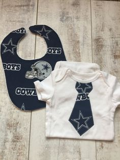 Cowboys Baby - Dallas Cowboys Gift Set - Cowboys Baby Outfit - Bib and Bodysuit Set - Newborn Gift - Baby Boy Shirt - Cowboys Tee by BrikayDesigns on Etsy