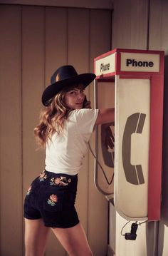 Editorial Photography, Fashion Photography, Alyssa Miller, Urban Cowboy, Collections Photography, Guess Girl, Western Girl, Embroidered Shorts, Foto Pose