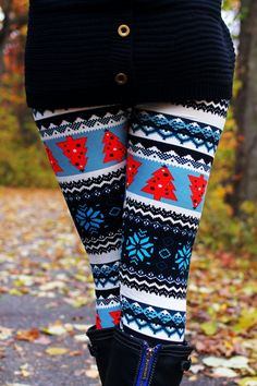 Holiday Tribal Leggings - UOIONLINE.COM