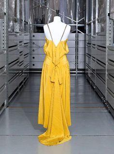 Robe Madeleine Vionnet 1927-1930 © Eric Emo / Galliera / Roger-Viollet