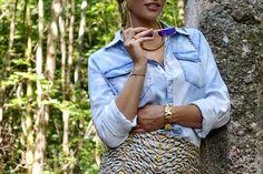 www.blonde-concept.com Skirt & Denim Shirt by H&M, Studded Flats by Zara, Bag by Asos #fashionblogger