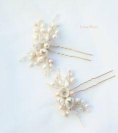Pearl bridal hair pins gold or silver. Bridal por LenaRomHeadpieces