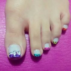 diy nails at home Pedicure Designs, Diy Nail Designs, Love Nails, Pretty Nails, Nails For Kids, French Tip Nails, Toe Nail Art, Creative Nails, Manicure And Pedicure
