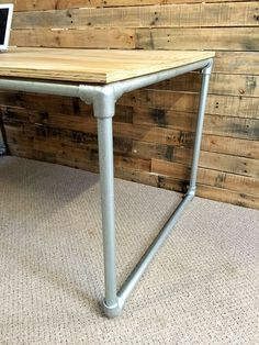 DIY Plywood Desk with Pipe Frame: Plans to Build Your Own #KeeKlamp #DIY #pipedesk #pipefurniture