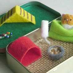 My little hamster. A great first pet. Hamster Food, Matchbox Crafts, Stuffed Animal Cat, Altoids Tins, Puffy Paint, Tin Toys, Felt Animals, Needle Felting, Crafts For Kids