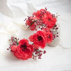 Poppy flower wreath by MetamorphoseShop on Etsy