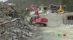 Vigili del Fuoco - Castelsantangelo sul Nera - Smontaggio controllato di...