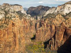 7 Mountain Views to See Before You Die. Angels Landing, Utah