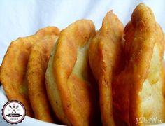 sütőporos lángos Hungarian Recipes, Hungarian Food, Recipe Mix, Kefir, Pretzel Bites, Hot Dog Buns, Sweet Potato, Nom Nom, Sausage