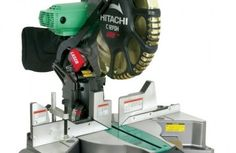 Metabo HPT (was Hitachi Power Tools) Dual Bevel Compound Miter Saw at Lowe's. The 12 inch dual compound miter saw with dual bevel features; exclusive laser marker system for cutting accuracy. The saw Head bevels to the right Sliding Compound Miter Saw, Compound Mitre Saw, Miter Saw Reviews, Woodworking Saws, Carpentry, Woodworking Projects, Woodworking Store, Woodworking Patterns, Woodworking Magazine