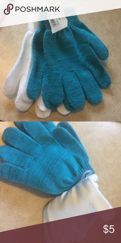 NWT girls' gloves Adorable glittery teal and white Other