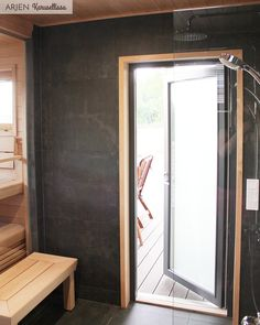 // Yhteistyössä Jukkatalo Nyt kun on asuttu vuosi tässä kodissa, sitä osaa jo sanoa, mitkä ratkaisut ovat olleet parhaiten onnistuneita.... Oversized Mirror, Spa, Furniture, Home Decor, Ideas, Decoration Home, Room Decor, Home Furnishings, Home Interior Design