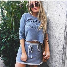 Conjunto em moletinho Mega Estiloso Garanta ja a sue www.lookstore.com.br - Código: 364L6ZN9F 209,90 P e M #lookstore #euquero #lindo #moletom #alpargata #moda #fashion #conforto #saialinda #euquero #moletom #fashion Sport Fashion, Moda Fashion, Womens Fashion, Cool Outfits, Fashion Outfits, Fashion Trends, Sport Girl, Active Wear, Crop Tops