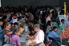 Nezahualcóyotl, Méx. 15 Mayo 2013. Además de esta primera Feria Municipal del Empleo, se realizará la primera Expo Empresarial de Nezahualcóyotl los días 17, 18 y 19 de mayo en la Explanada del Palacio, la cual busca fortalecer a consumidores y empresarios de la localidad.