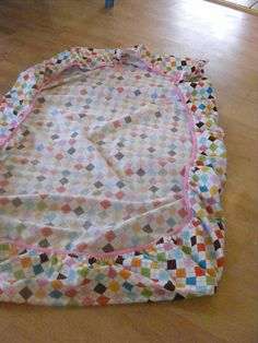 This is my kind of sewing project; no measuring, no ironing, no mind numbing tedium. The whole project can be completed in less than hal...
