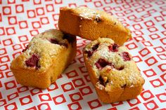 Recipe Raspberry Friands by makeitperfect, learn to make this recipe easily in your kitchen machine and discover other Thermomix recipes in Baking - sweet. Almond Recipes, Baking Recipes, Dessert Recipes, Gourmet Recipes, Pasta Recipes, Dinner Recipes, Bellini Recipe, Thermomix Desserts, Small Cake