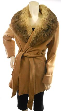 GORGEOUS!! VTG 1970'S LIGHT BROWN - WOOL PEA COAT- FOX FUR sz L 12 UNION MADE Fox Fabric, Union Made, Pea Coat, Fox Fur, Wool, Brown, Jackets, Fashion, Down Jackets