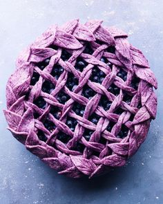 This Blueberry Crusted Berry Pie recipe is featured in the Pies and Tarts feed along with many more. Pie Crust Designs, Pies Art, Gateaux Cake, Sweet Pie, Fruit Tart, No Bake Pies, Best Fruits, Crust Recipe, Pie Dessert