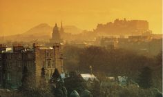 Edinburgh skyline - looking over towards the centre of the city with Edinburgh Castle in the backdrop