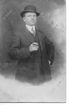 Real Photo Male Duluth Minnesota Cigar Hat Divided 1907 - 1915 Black White # 427