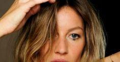 Αν τα μαλλιά σου λαδώνουν γρήγορα και έχεις βαρεθεί να λούζεσαι συνέχεια και συνέχεια, εμείς σου έχουμε τη λύση! Μια σπιτική συνταγή που μπορεί να αντικατα