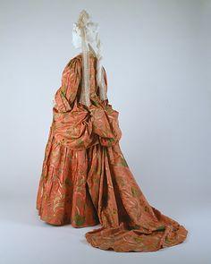 Mantua Date: ca. 1708 Culture: British Medium: silk, metal